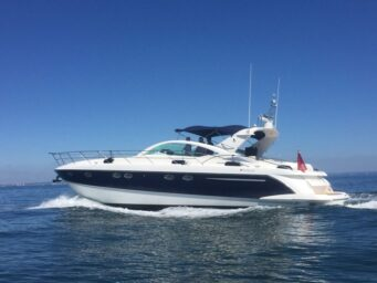 EXPLORER HAMBLE POWERBOAT CHARTERS